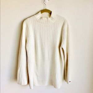 Tommy Hilfiger Cream Sweater. Size 1X. EUC